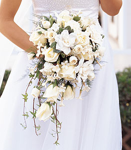 WhiteWeddingBouquet VictorTheFlorist