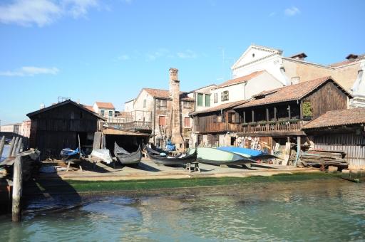 ETRO Relent Venice Last Gondola Maker