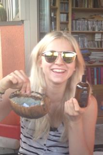 Hannah & the Armadillo